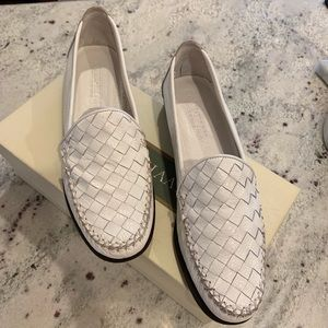 Cole Haan Vintage White Leather Loafer sz 7AA